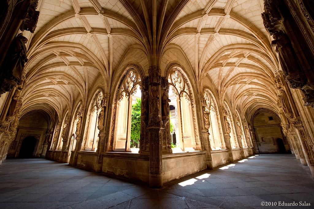 claustro-del-monasterio-de-san-juan-de-los-reyes_4751764622_o